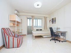 亚运村优质三居室满五税费少诚意 400米到奥森