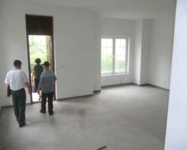 双气大型别墅出售 位置独特 优质二手房-室内图-1