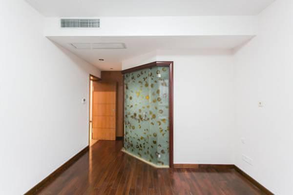 盛世宝邸一期出行方便实地看房配套完善-室内图-4