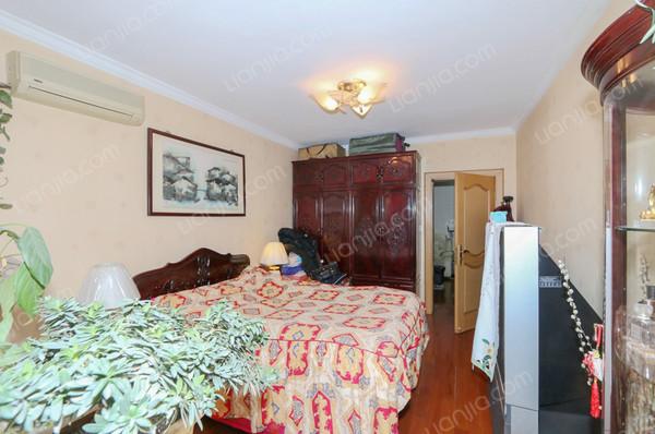 百乐公寓 高尚宁静独具特色 自然资源 拎包入住-室内图-8
