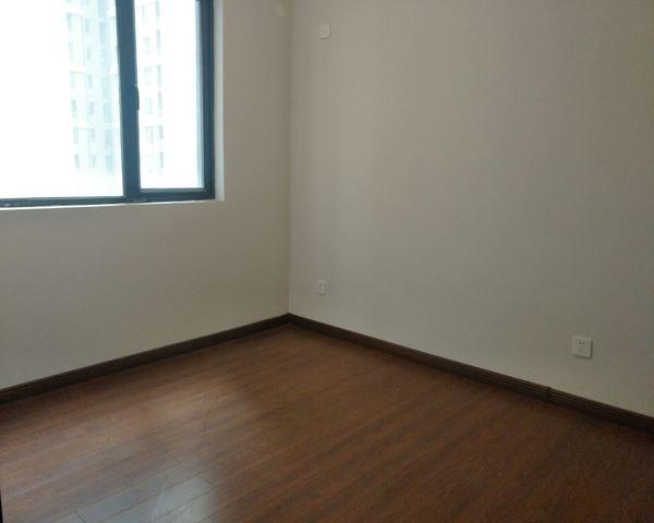 万科城 南北通透的小三房 带双杂物间 独门独户-室内图-6