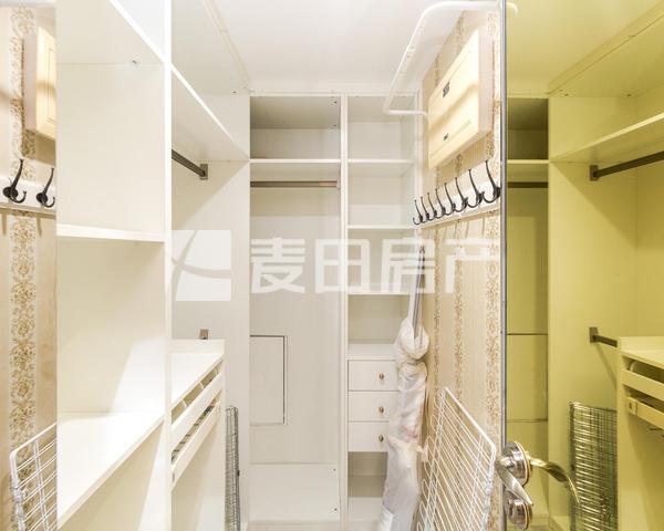 瑞士公寓 精美一居室 明厨明卫 家具齐 看房方便 保养良好-室内图-5