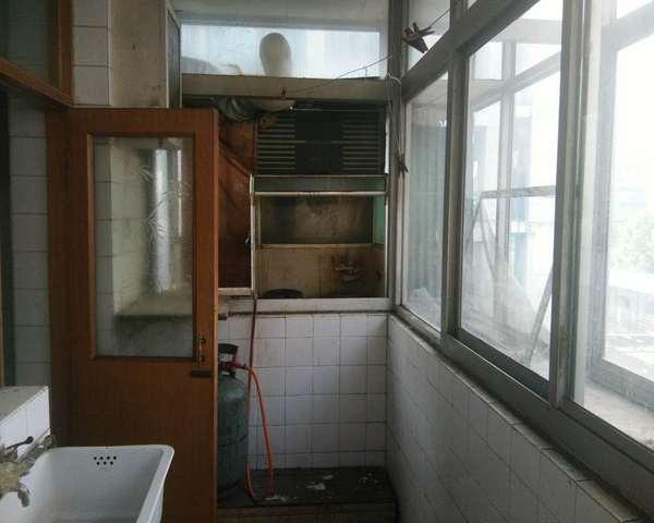 地税局宿舍三室有钥匙17中中间楼层红旗大街沿线-室内图-6