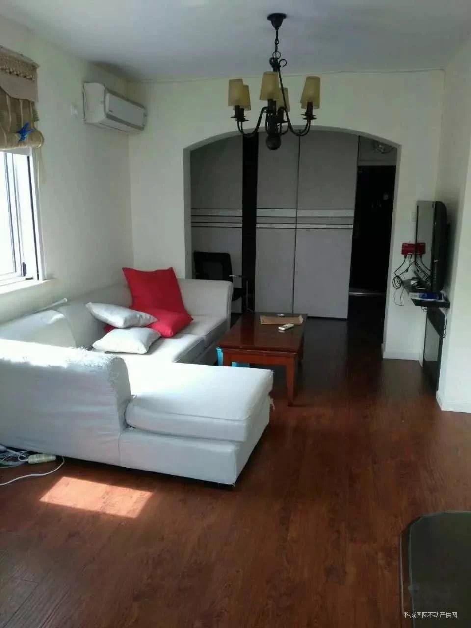 水电小区 精装修一房出售 位于水电路 汶水东路口 地铁3号线