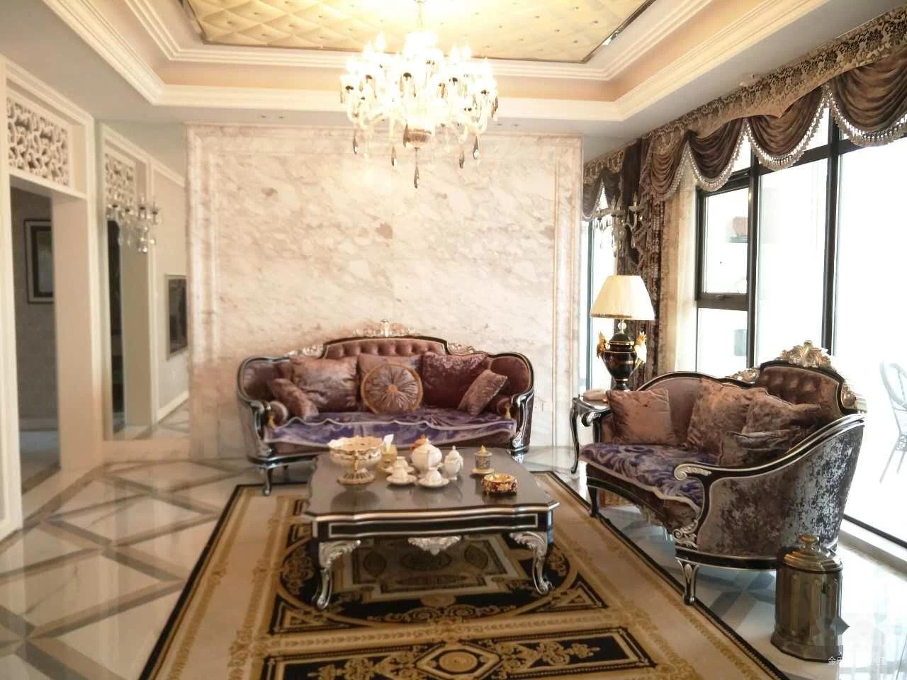 后现代主义豪华装修全送 欢迎品鉴 高出房率有房本可随时走手续